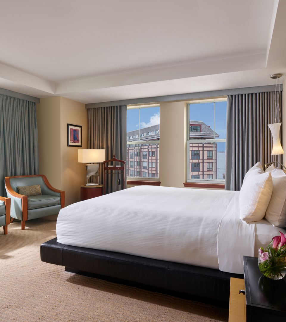 Boston getaway hotel suite packages