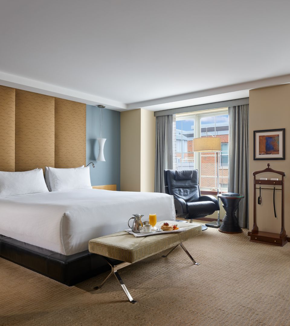 luxury hotel rooms Boston MA